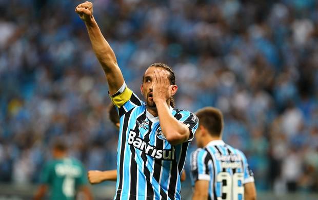 Barcos comemora gol do Grêmio contra o Goiás (Foto: Lucas Uebel/Divulgação, Grêmio)