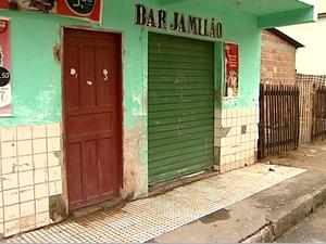 Jovem foi morto enquanto jogava fliperama em bar. (Foto: Reprodução/TV Gazeta)