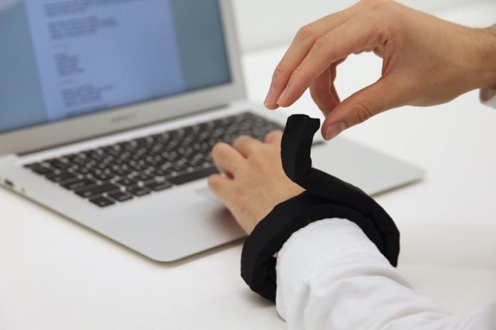 LineForm é uma corda-robô que se transforma em vários gadgets (Foto: Divulgação/MIT Media Lab)
