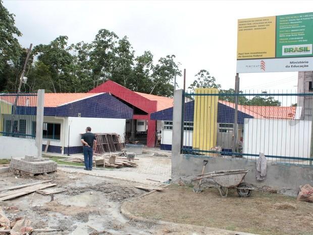 A terceira unidade em construção encontra-se instalada no bairro São José, também na Zona Leste da capital (Foto: Katiúscia Monteiro/G1 AM)