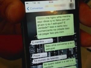 Adolescente que diz ter sofrido estupro coletivo nega fato em mensagem de celular, dizem suspeitos, em Indiara, Goiás (Foto: Luísa Gomes/G1)