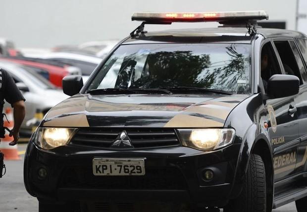 Agentes da Polícia Federal (PF) durante Operação Abismo (Foto: Agência Brasil)