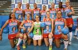 Jogadoras de vôlei usam uniforme especial na semifinal do Paulista (Divulgação)
