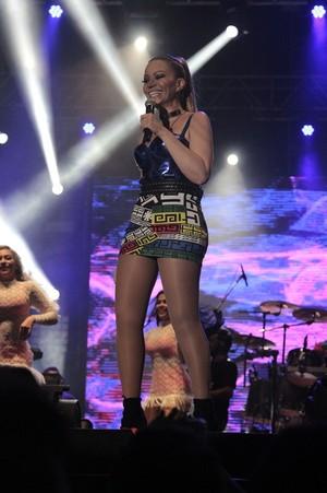 Solange Almeida, no look provocativo (Foto: Osmar Rios)