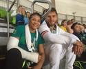 """Sarah Menezes assiste ao bronze de Mayra e tranquiliza: """"Braço está ótimo"""""""