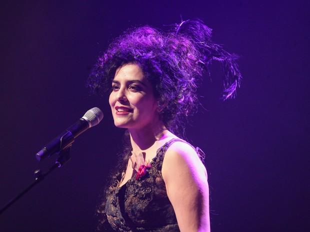 Letícia Sabatella em show em São Paulo (Foto: Raphael Castello/ Ag. News)
