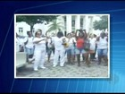 Merendeiras de Campos protestam reivindicando pagamento de salários