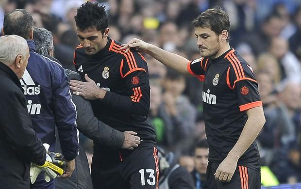 Antonio Adan e Casillas, Real MAdrid e Real Sociedad (Foto: Agência AFP)