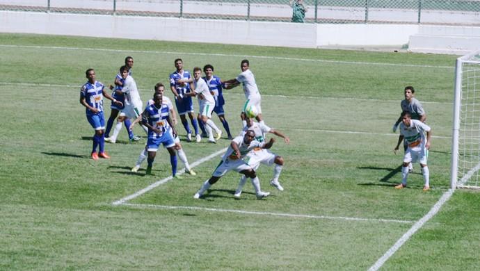 Matonense saiu na frente, mas Rio Preto buscou o empate (Foto: Oscar Oliveira/Site Amadorzao)