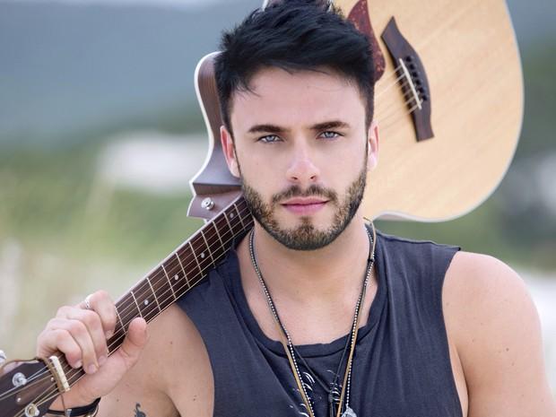 Cantor Rodrigo Marim se apresenta neste sábado em Ariquemes (Foto: Divulgação)