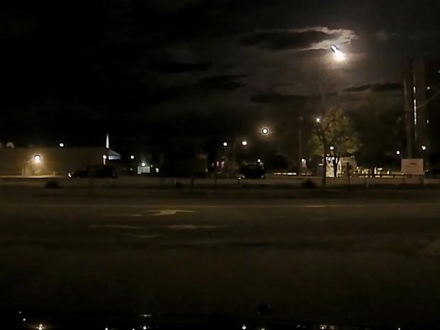 Clarão teve origem, provavelmente, em passagem de meteoro (Foto: Portland Police Department/AP)