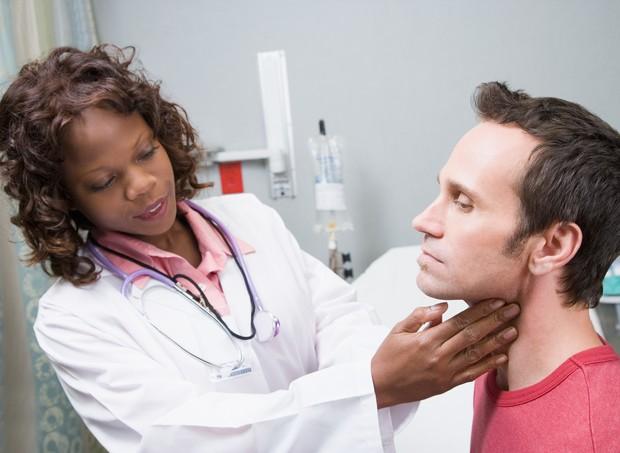 Homem se previne menos de doenças (Foto: Thinkstock)