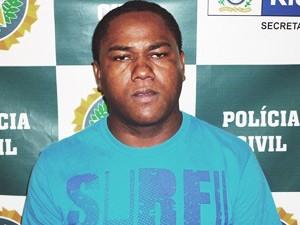 José Rodrigues Dias foi apresentado na DCAV (Foto: Divulgação/Polícia Civil)
