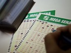 Mega-Sena pode pagar R$ 12 milhões nesta terça-feira