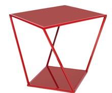 Mesa lateral Bryon, de aço carbono e tampo de cristal. Sentido Cosmopolita (Foto: Divulgação)