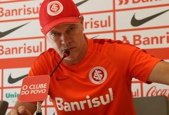 Antônio Carlos Zago técnico Inter (Foto: Tomás Hammes / GloboEsporte.com)