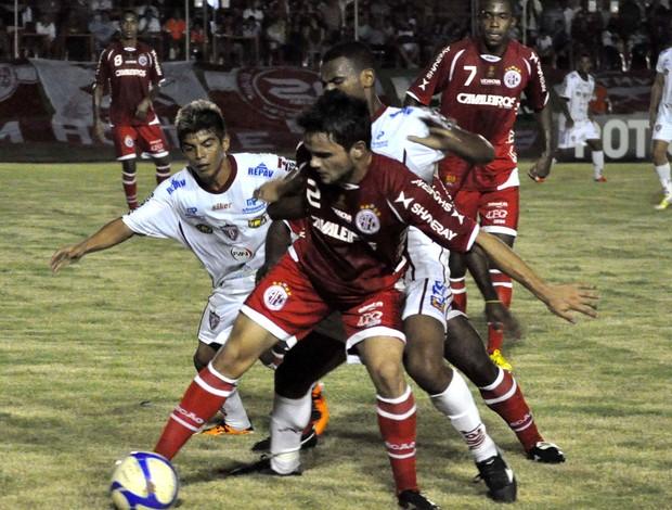 Lance do jogo entre América-RN e Potiguar de Mossoró (Foto: Frankie Marcone / Futura Press)