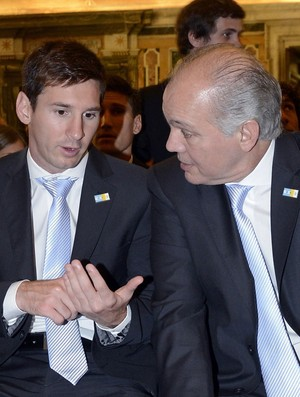 Sabella e Messi vaticano 2013 (Foto: Getty Images)