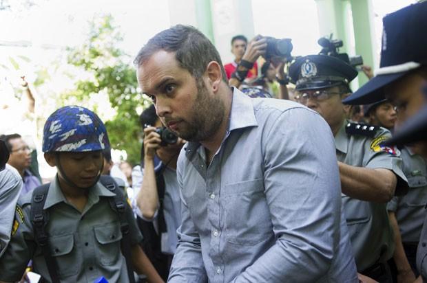 Phil Blackwood foi acusado de insultar a religião budista (Foto: Ye Aung Thu/AFP)