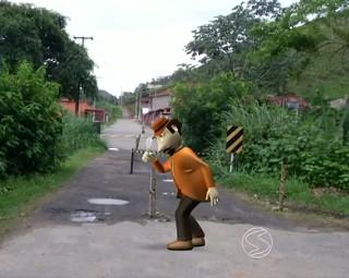 Zé do Bairro foi ao distrito de Engenheiro Passos (Foto: RJTV 1ª Edição)