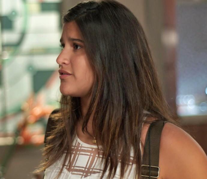Lívia fica revoltz com o pai! (Foto: TV Globo)