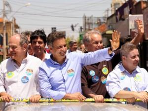 Aécio Neves participou de carreata ao lado de candidatos do partido (Foto: Marcos Fernandes/Coligação Muda Brasil)