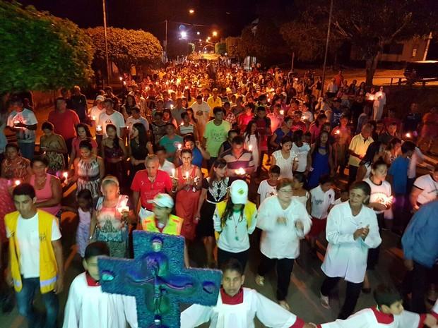 Procissão reuniu mais de 10 mil fiéis no interior do Acre (Foto: Orleildo Bussons/Arquivo Pessoal)