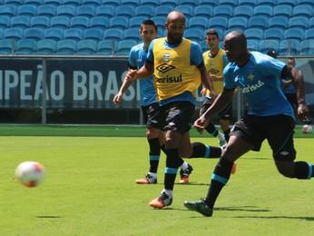 Yuri Mamute no treino do Grêmio (Foto: Tatiana Lopes/GloboEsporte.com)