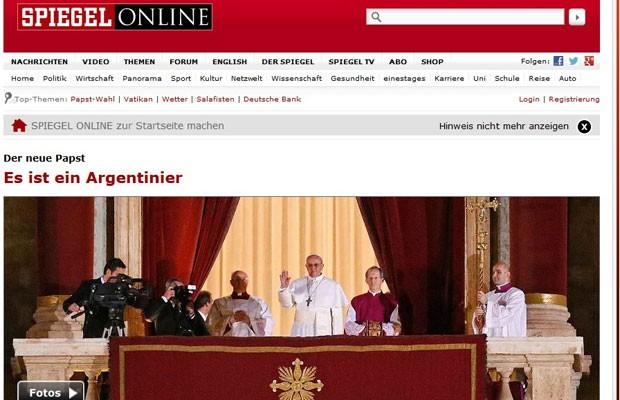 """""""É Argentino"""", resumiu laconicamente o jornal alemão """"Der Spiegel"""" o desfecho do conclave do novo Papa (Foto: Reprodução)"""