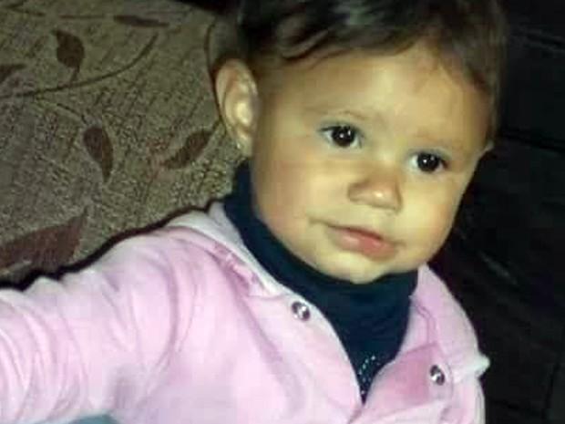 Ana Júlia Nogueira, de 3 anos,  morreu após ser atingida por muro, que caiu com batida de carro nesta sexta-feira (16) em Três Corações, MG (Foto: Reprodução/Redes Sociais)