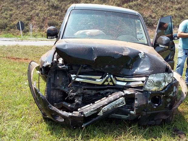 Condutor do outro veículo envolvido no acidente não teve ferimentos (Foto: Polícia Rodoviária Federal)