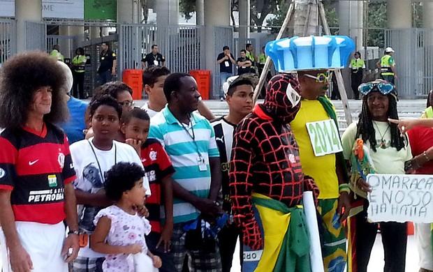 torcida reabertura maracanã (Foto: Janir Júnior)