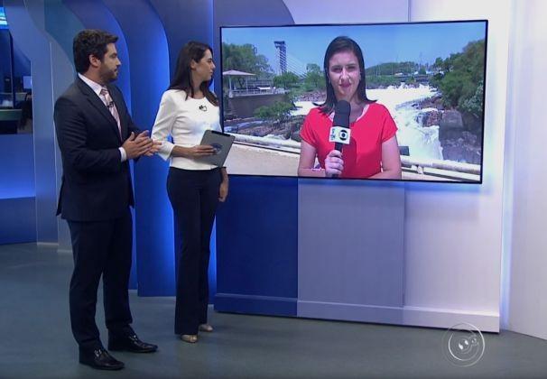 Mariana Basso começou falando diretamente do ponto do rio Tietê, em Salto (Foto: Reprodução TV TEM)