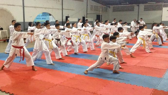 Karatecas de Guajará-Mirim buscam bons desempenhos a níveis nacional e estadual (Foto: Júnior Freitas)