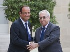 Oposio sria  recebida em Paris por Franois Hollande