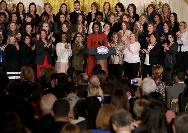 Plateia ouve discurso de Michelle atentamente (Foto: Getty Images)