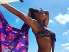 Juliana Paes exibe o corpão em foto na praia: 'Tchau, Carnaval'