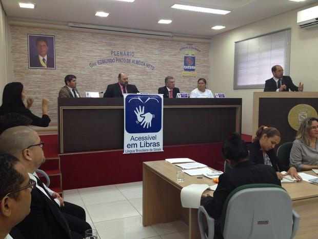 Sessão Câmara de Rio Branco  (Foto: Rayssa Natani/ G1)