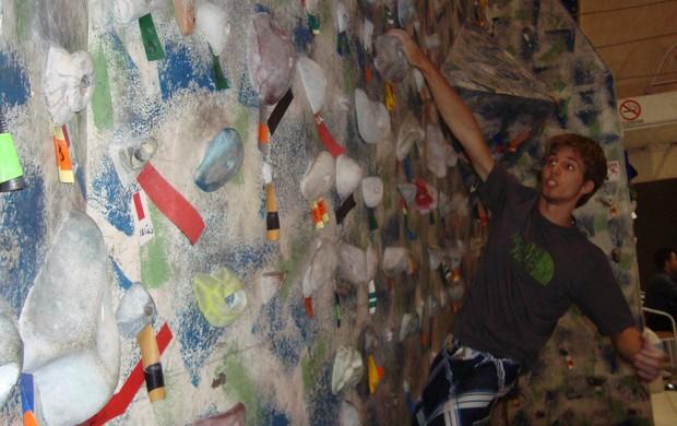 Escalada vertical em Rio Preto - Felipe Camargo (Foto: Marcos Lavezo/Globoesporte.com)