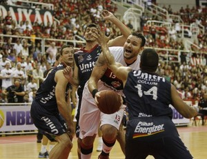 Flamengo x Uberlândia, final NBB-5 (Foto: Divulgação/ LNB)