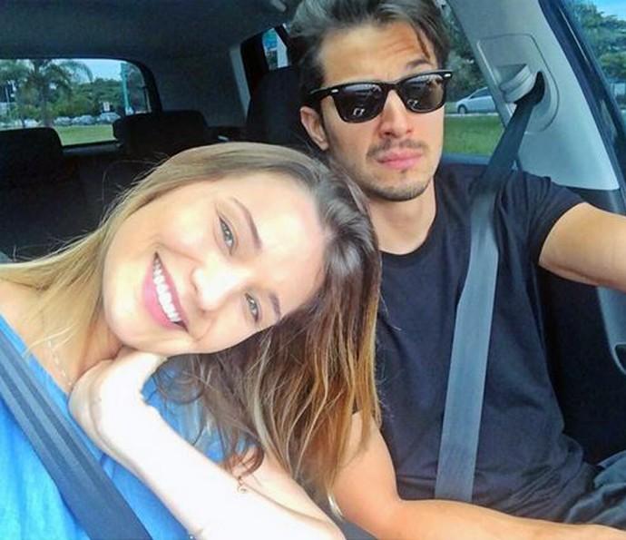 Romulo e Nilma estão juntos há 7 anos.. Theo se parece com quem? (Foto: Arquivo Pessoal)