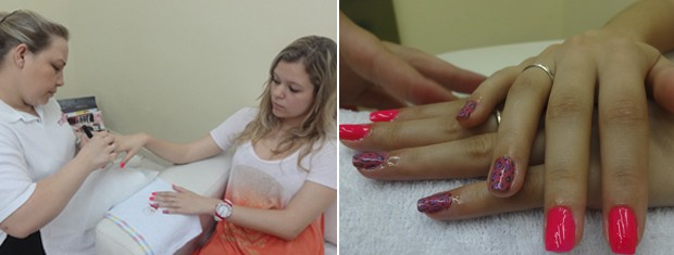 Manicure coloca as películas para as unhas nas clientes (Foto: Paula Menezes/G1)