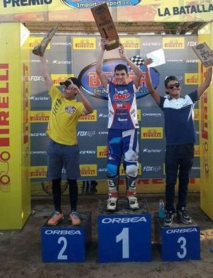 Diego Henning conquista primeiro lugar em copa de motocross na Bolívia, categoria Mx2  (Foto: Adelmo/ arquivo pessoal )