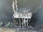 Homens roubam e colocam fogo em computadores e vídeogames no TO