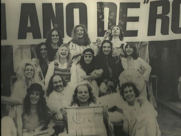 Elenco de 'Hoje é Dia de Rock', peça de 1971 (Foto: Divulgação)