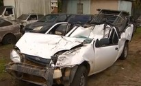 Motorista escapa ileso após parar sob carreta (Reprodução/TV Bahia)
