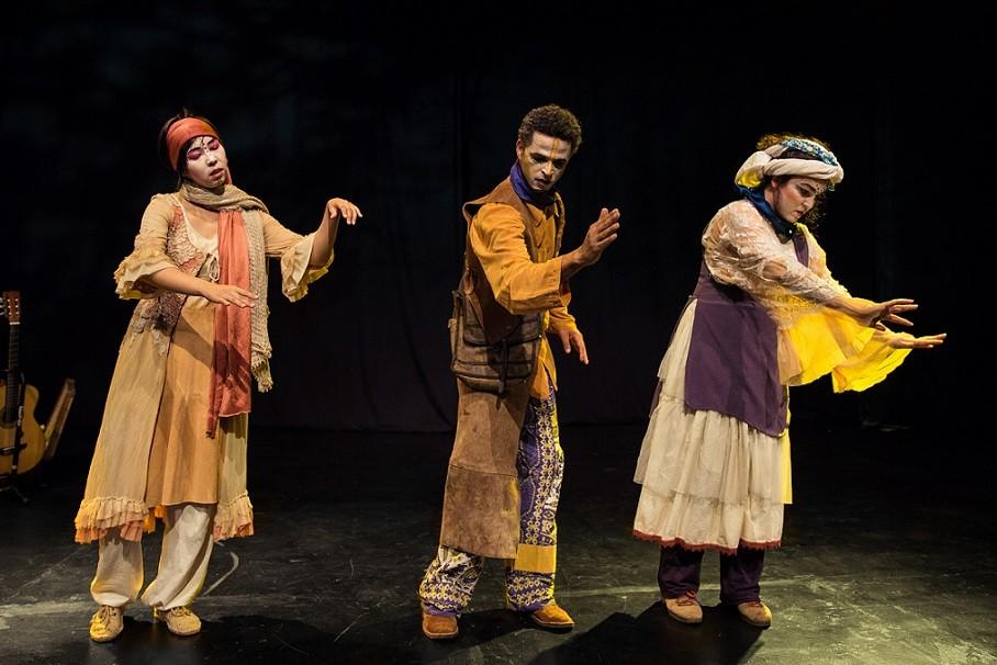 teatro infantil fala de histórias que o vento traz (Foto: Ninguém dos Campos)