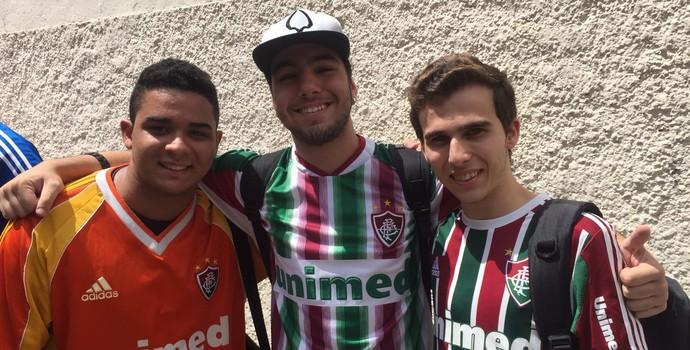 Guilherme Magalhães, Lucas Panarielo e Carlos Leme vestem a camisa do Flu  (Foto: Lucas Strabko)