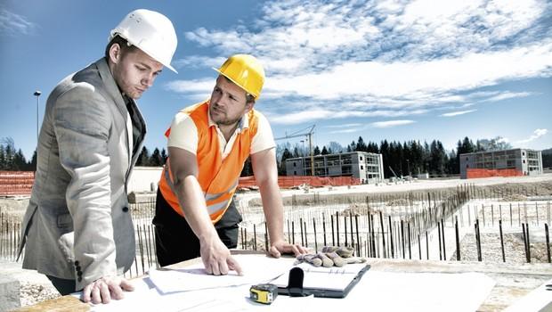 Indústria da construção reduz empregos e nível de atividade em junho
