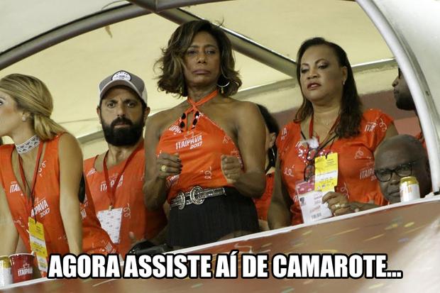 Memes do Desfile das Campeãs (Foto: Marcos Ferreira/ Brazil News)